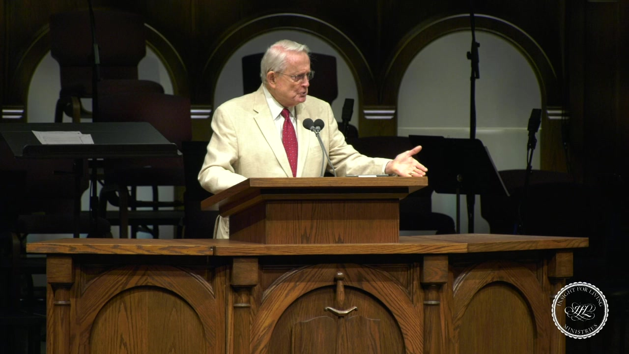 Chuck in pulpit 20200705