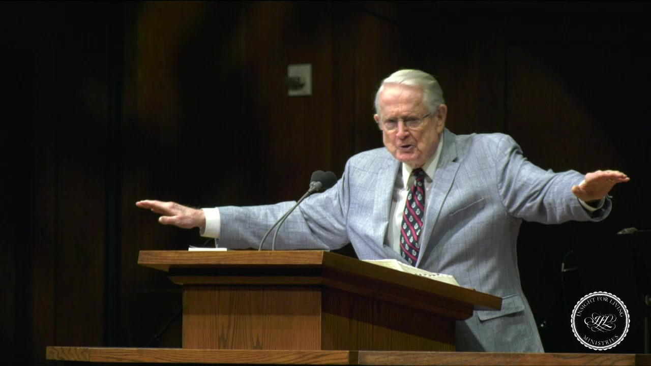 Chuck in pulpit 20200712