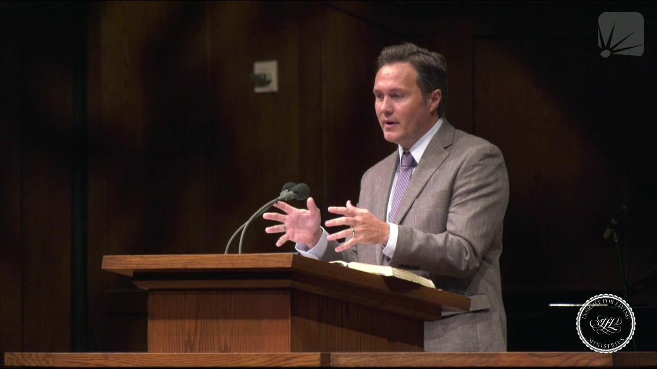 Dr. Jonathan Murphy in pulpit 20201018