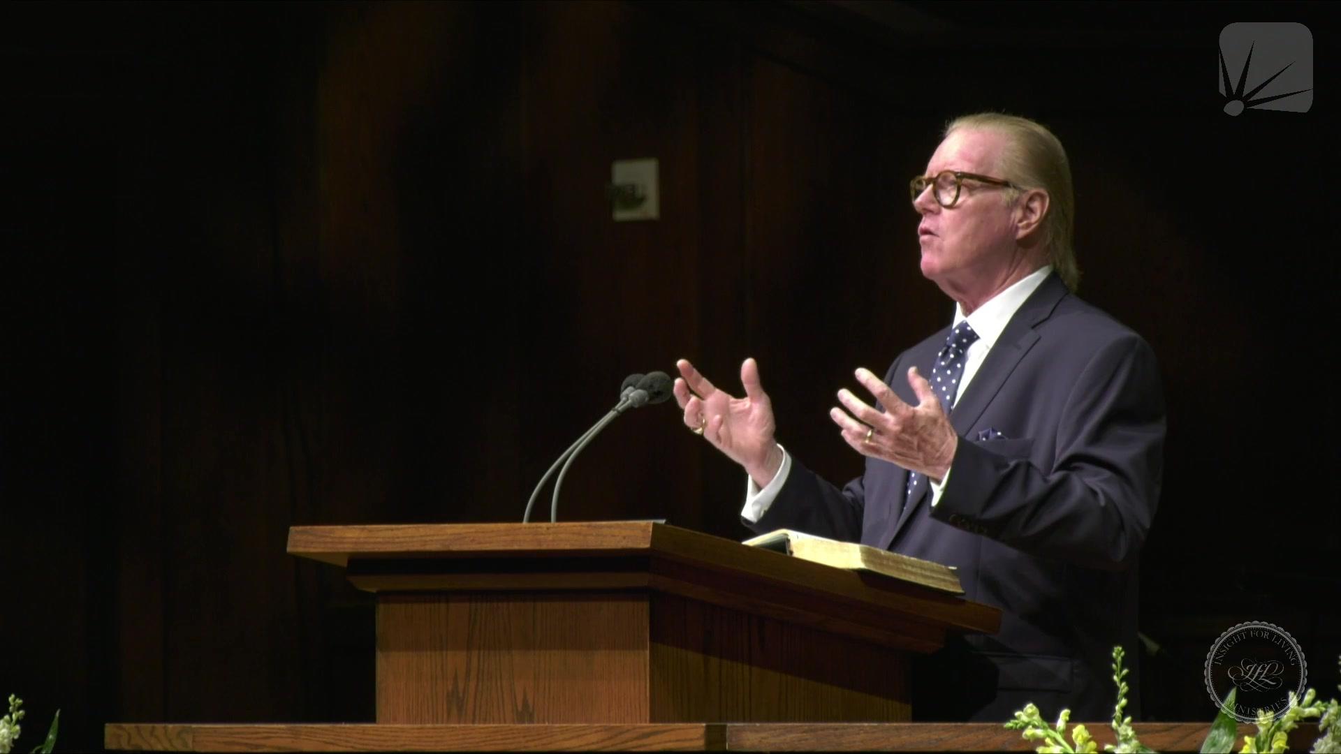 Rev. Bill Butterworth in pulpit on 20210725