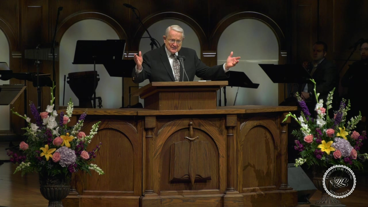 Chuck in pulpit 20190609